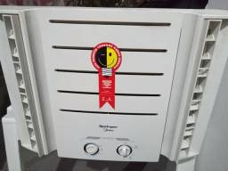 Ar condicionado Springer Midea 7500 BTUs 127 volts novo