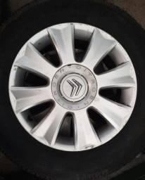Título do anúncio: Rodas Citroën Palace aro 16 com pneus em 10x de R$160,00