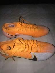 Chuteira Nike Mercurial Vapor 13 academy nova