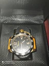 Título do anúncio: Relógio original da magnum