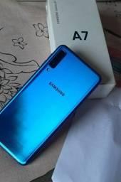 Título do anúncio: Vendo Samsung Galaxy azul A7 2018- 64 Gb