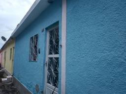 Título do anúncio: Casa com um quarto em Nilópolis.