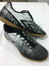 Tênis Futsal Umbro TAM.40