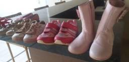 Sapatos infantis de menina