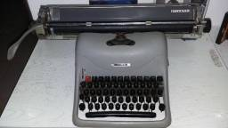 Maquina de escrever Lexikon 80 Olivetti