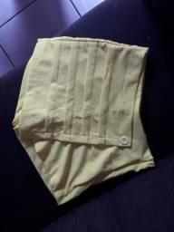 Vendo lindos shorts promocionais.