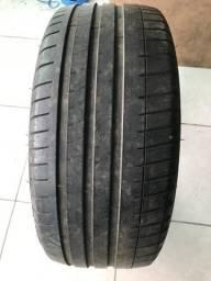 Pneu Michelin 225/40/18 semi novo