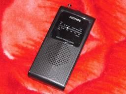 Radio Philips AE-1500 am/fm novo lacrado marca de confiança perguntem aos seus avós