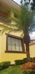 Vende casa no bairro Olaria