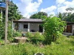 Aluga-se uma casa na estrada do bairro Vermelho do lado da penal por 800 reais