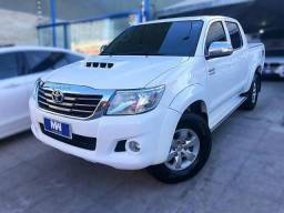 Toyota Hilux SRV - 2013
