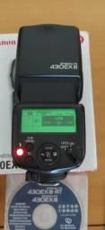 Flash SpeedLite Canon 430ex III + 8 pilhas Enelope Branca (Oportunidade)