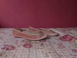 Sapato de veludo rosa