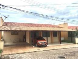 Casa em Cond. próximo a Faculdade Pitágoras