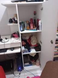 Banquinha e estante