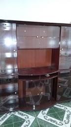Cristaleira com Luminária (Usada porém em Excelente estado.)