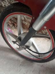 Vendo rodas liga leve shineray o par com pneu muito novos e espelhos de brinde.