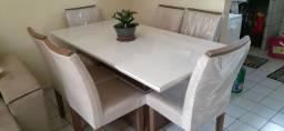 Mesa 06 cadeiras seminovas