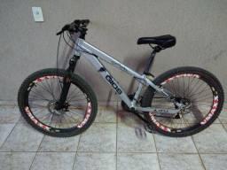 Bicicleta Gios 4 freaks aro 26 Downhill