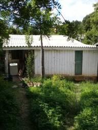 Alugo uma casa 4 peça 600 reais