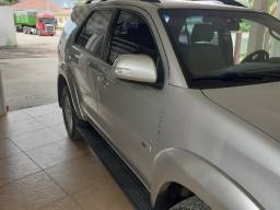 Hilux SW4 5 lugares. Top!!! 2014