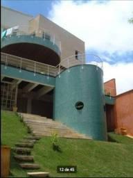 Ahú - Prédio 700 m Museu Oscar Niemeyer