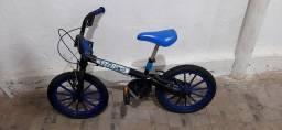 Bike Nova pouco tempo de uso
