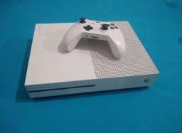 Xbox One S 1TB 4K Leitor Blu-Ray