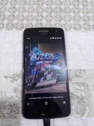 Vendo cel Motorola G5 Plus