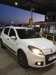 Renault Sandero NOVÍSSIMO impecável