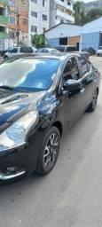 Nissan Versa 1.6 UNIQUE - Top de Linha