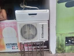 Ar condicionado 9bts seminovo eletrolux