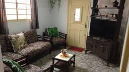 Título do anúncio: Vendo sala completa (sofás, poltronas, mesa de centro + painel para tv)