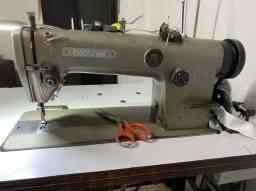 Máquina de costura - Brother RETA