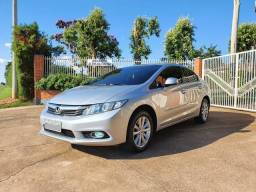 Honda Civic 1.8 lxs 2015