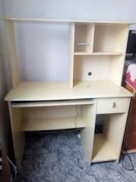 Escrivania usada