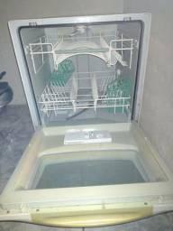 Título do anúncio: Máquina de lavar prato