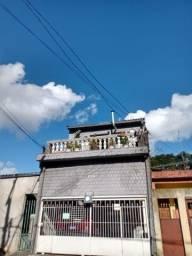 Título do anúncio: Aluga-se Casa com 4 Dorm. Em Frente ao Terminal Jardim Ângela