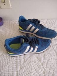 Título do anúncio: Adidas Tam 35