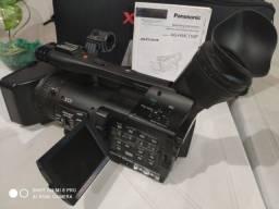 Título do anúncio:  Vendo Filmadora Panasonic HMC150
