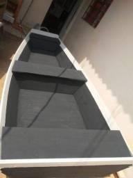 Título do anúncio: Barco de madeira novo