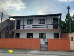 Casa com 4 kitinetes no Campeche