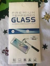 Vendo Pelicula de Vidro 3D iphone 6 e 6S novo na caixinha