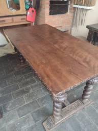 Título do anúncio: Mesa em madeira maciça