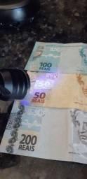 Lanterna identificadora de nota falsa