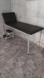 Maca hospitalar para exame clinico com escada hospitalar auxiliar