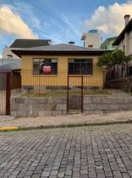Título do anúncio: BENTOALVES aluga casa independente com 2 quartos, 2 garagens, no Panazzolo - Caxias do Sul