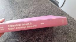 Vendo livro de linguística de língua de sinais