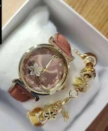 Kit relógio feminino com pulseira lindo para presente