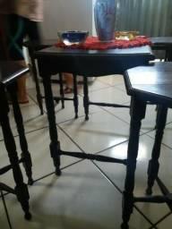 Mesa retro com banquetas